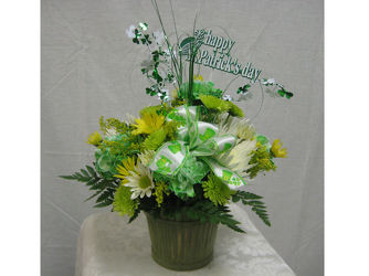 St Pats Flower Basket from Clifford's where roses are our specialty